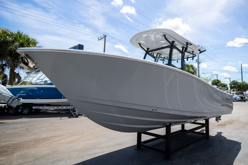 Thumbnail 3 for New 2021 Sportsman Open 252 Center Console boat for sale in West Palm Beach, FL