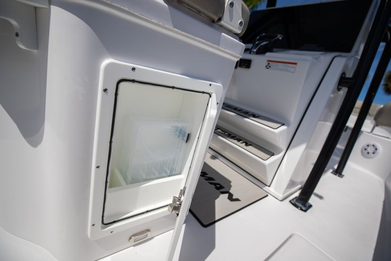 Thumbnail 21 for New 2021 Sportsman Open 252 Center Console boat for sale in West Palm Beach, FL