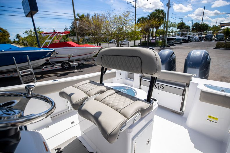 Thumbnail 42 for New 2021 Sportsman Open 252 Center Console boat for sale in West Palm Beach, FL