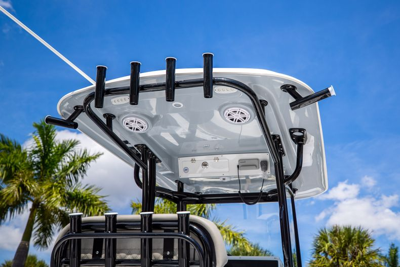 Thumbnail 8 for New 2021 Sportsman Open 252 Center Console boat for sale in West Palm Beach, FL