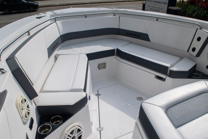 Thumbnail 54 for Used 2020 Blackfin 332CC boat for sale in Fort Lauderdale, FL