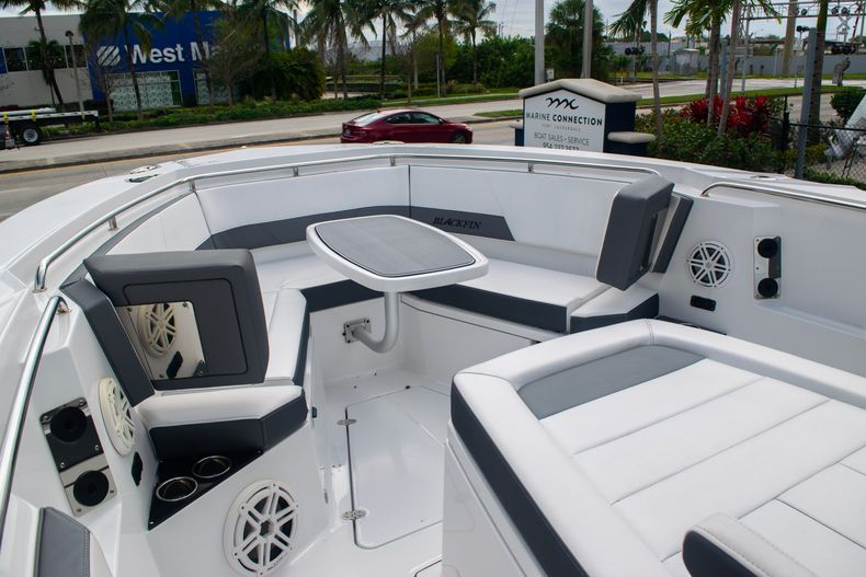Thumbnail 47 for Used 2020 Blackfin 332CC boat for sale in Fort Lauderdale, FL