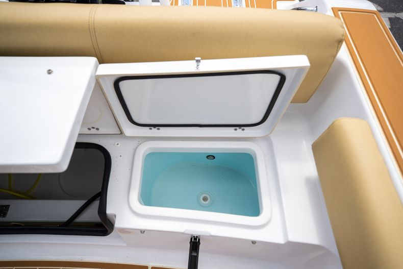 Thumbnail 19 for Used 2021 Sportsman Heritage 211 Center Console boat for sale in West Palm Beach, FL
