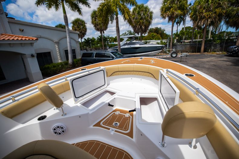 Thumbnail 39 for Used 2021 Sportsman Heritage 211 Center Console boat for sale in West Palm Beach, FL