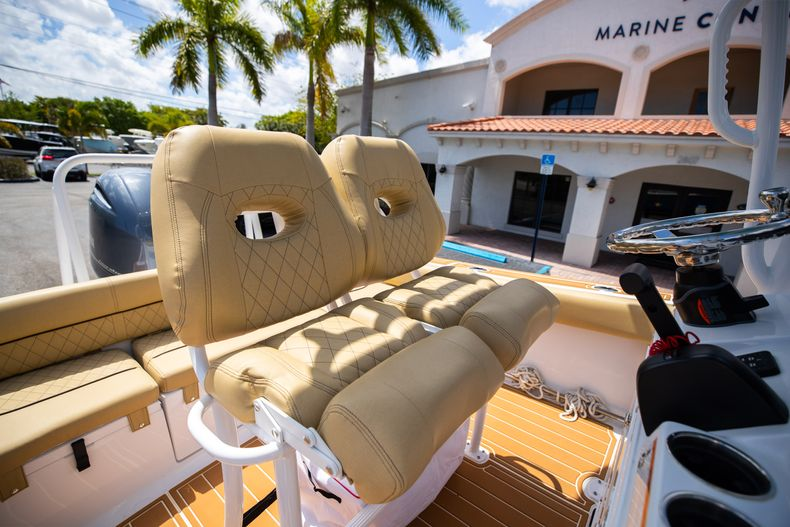 Thumbnail 33 for Used 2021 Sportsman Heritage 211 Center Console boat for sale in West Palm Beach, FL
