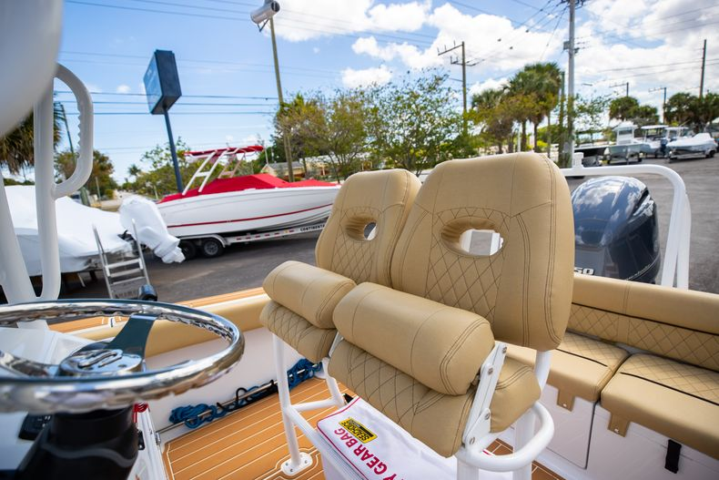 Thumbnail 34 for Used 2021 Sportsman Heritage 211 Center Console boat for sale in West Palm Beach, FL