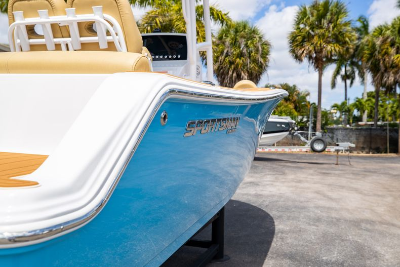 Thumbnail 11 for Used 2021 Sportsman Heritage 211 Center Console boat for sale in West Palm Beach, FL