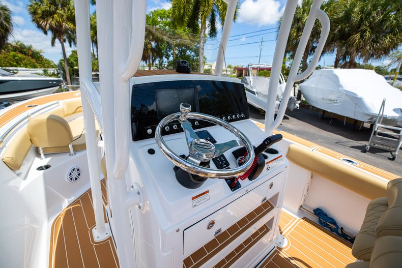 Thumbnail 31 for Used 2021 Sportsman Heritage 211 Center Console boat for sale in West Palm Beach, FL