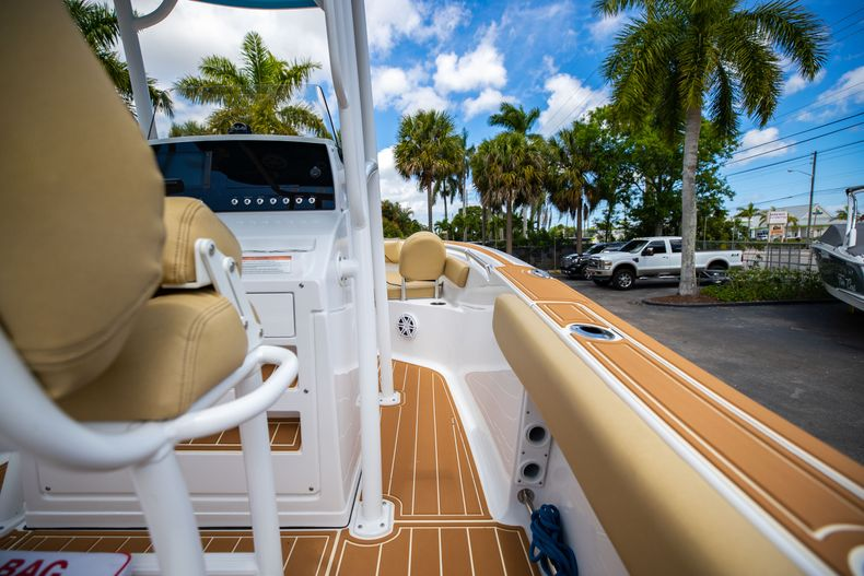 Thumbnail 20 for Used 2021 Sportsman Heritage 211 Center Console boat for sale in West Palm Beach, FL
