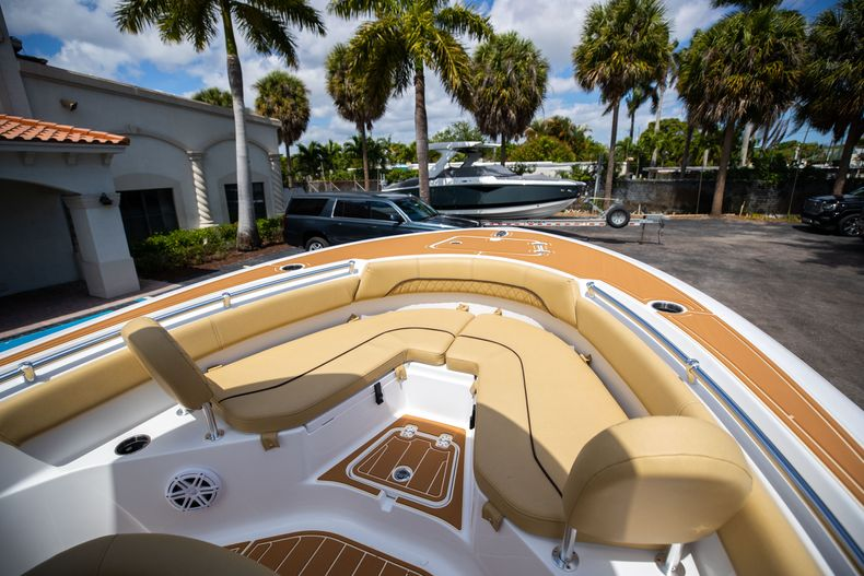 Thumbnail 38 for Used 2021 Sportsman Heritage 211 Center Console boat for sale in West Palm Beach, FL