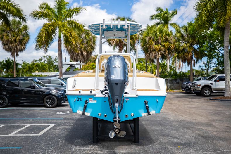 Thumbnail 9 for Used 2021 Sportsman Heritage 211 Center Console boat for sale in West Palm Beach, FL