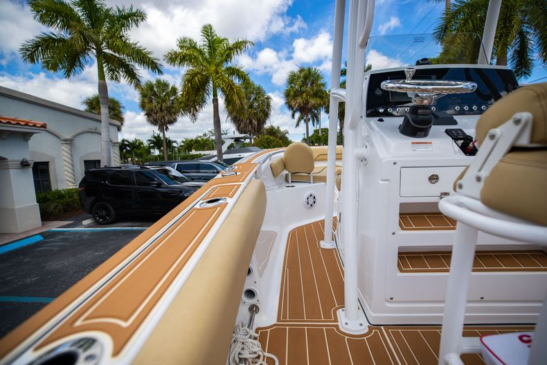 Thumbnail 23 for Used 2021 Sportsman Heritage 211 Center Console boat for sale in West Palm Beach, FL