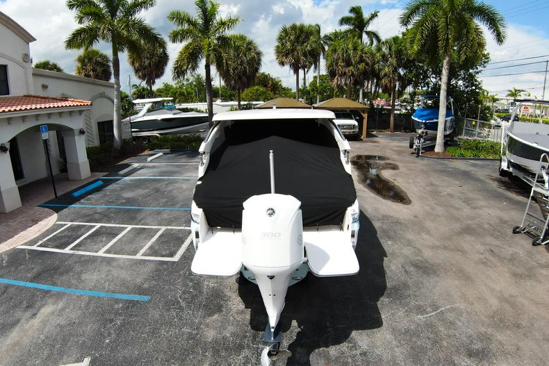 Thumbnail 67 for Used 2021 Regal LX6 Only 7 Hours boat for sale in West Palm Beach, FL