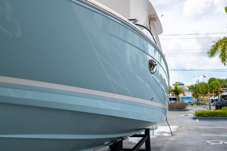 Thumbnail 7 for Used 2021 Regal LX6 Only 7 Hours boat for sale in West Palm Beach, FL