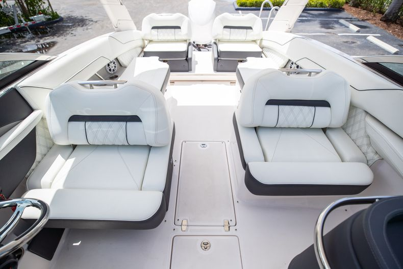 Thumbnail 48 for Used 2021 Regal LX6 Only 7 Hours boat for sale in West Palm Beach, FL
