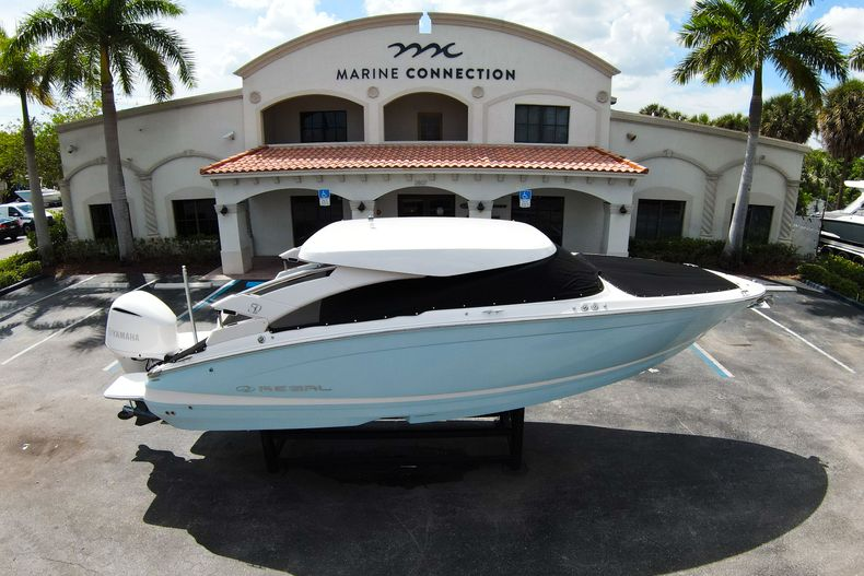 Thumbnail 61 for Used 2021 Regal LX6 Only 7 Hours boat for sale in West Palm Beach, FL