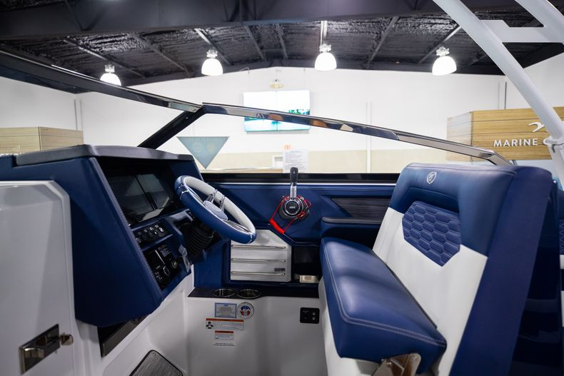 Thumbnail 25 for New 2021 Cobalt A29 boat for sale in Aventura, FL