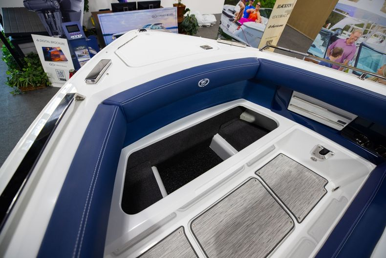 Thumbnail 37 for New 2021 Cobalt A29 boat for sale in Aventura, FL