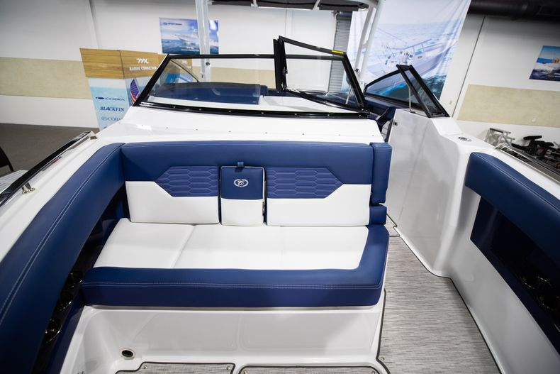 Thumbnail 38 for New 2021 Cobalt A29 boat for sale in Aventura, FL