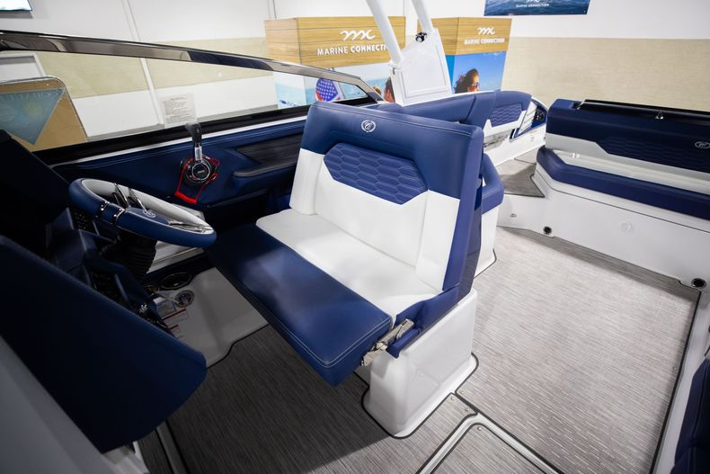 Thumbnail 29 for New 2021 Cobalt A29 boat for sale in Aventura, FL
