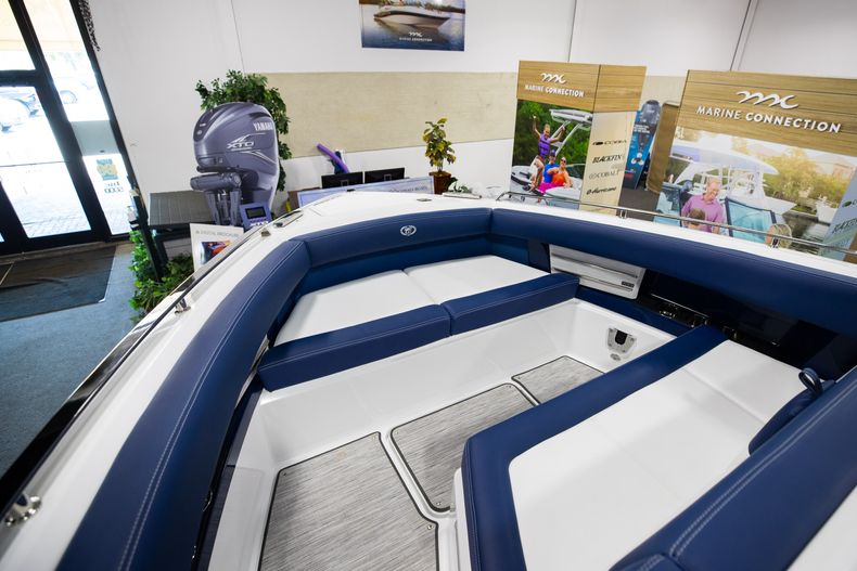 Thumbnail 35 for New 2021 Cobalt A29 boat for sale in Aventura, FL