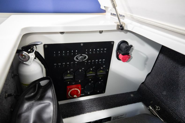 Thumbnail 22 for New 2021 Cobalt A29 boat for sale in Aventura, FL