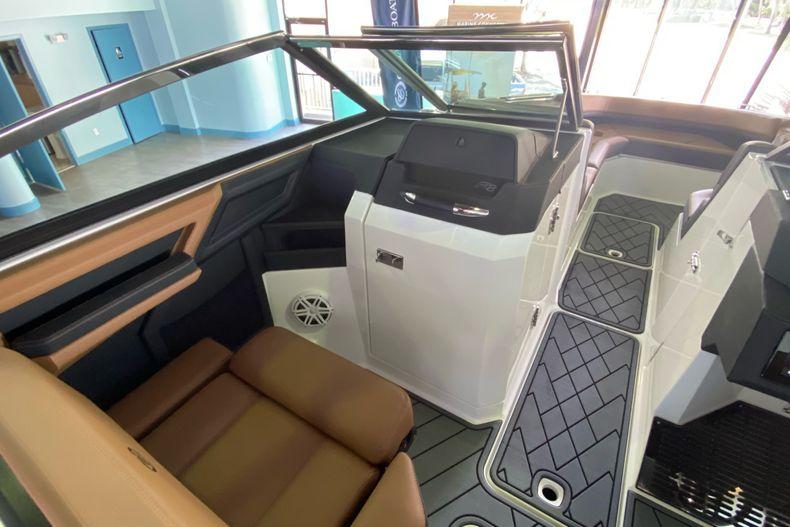 Thumbnail 20 for New 2021 Cobalt R8 boat for sale in Aventura, FL