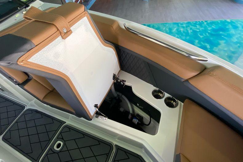 Thumbnail 30 for New 2021 Cobalt R8 boat for sale in Aventura, FL