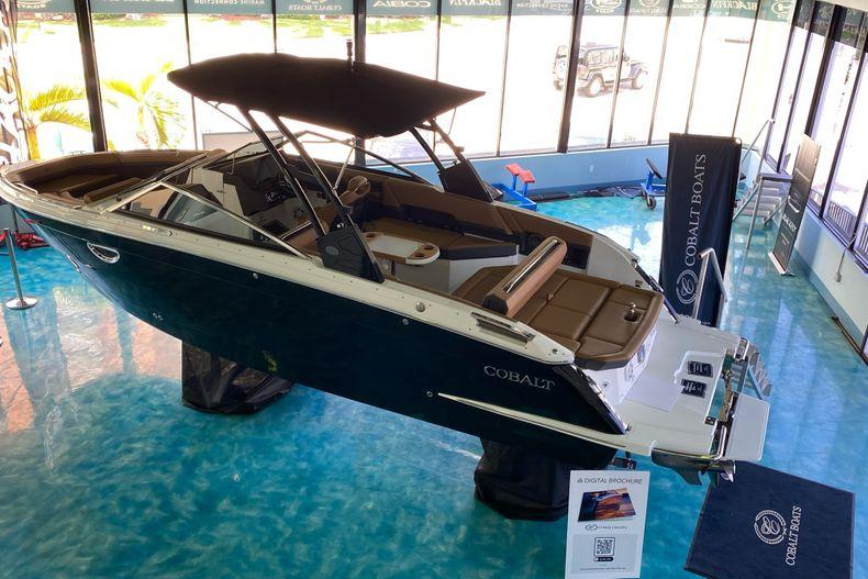 Thumbnail 1 for New 2021 Cobalt R8 boat for sale in Aventura, FL