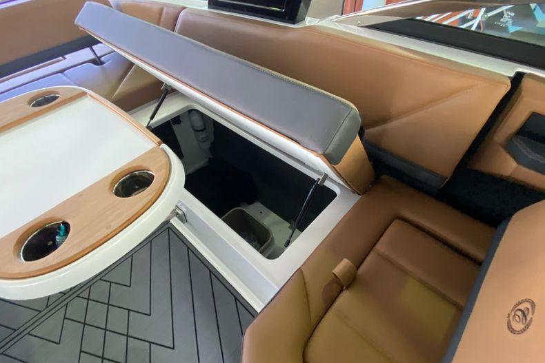 Thumbnail 12 for New 2021 Cobalt R8 boat for sale in Aventura, FL