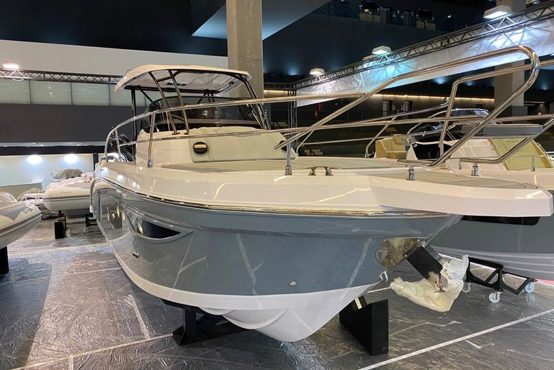 Thumbnail 6 for New 2021 Ranieri Next 370 SH boat for sale in West Palm Beach, FL