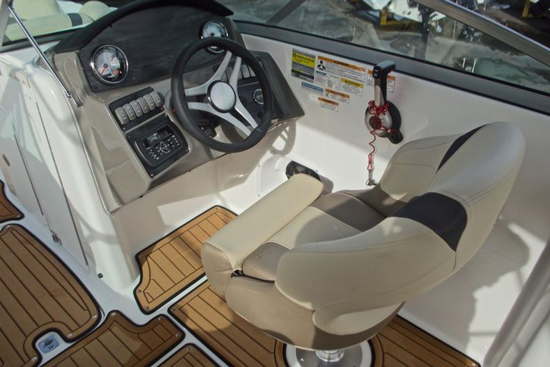 Thumbnail 33 for New 2017 Hurricane SunDeck SD 2200 DC OB boat for sale in West Palm Beach, FL