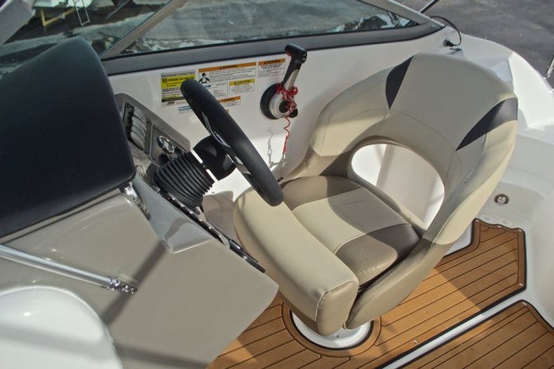 Thumbnail 39 for New 2017 Hurricane SunDeck SD 2200 DC OB boat for sale in West Palm Beach, FL