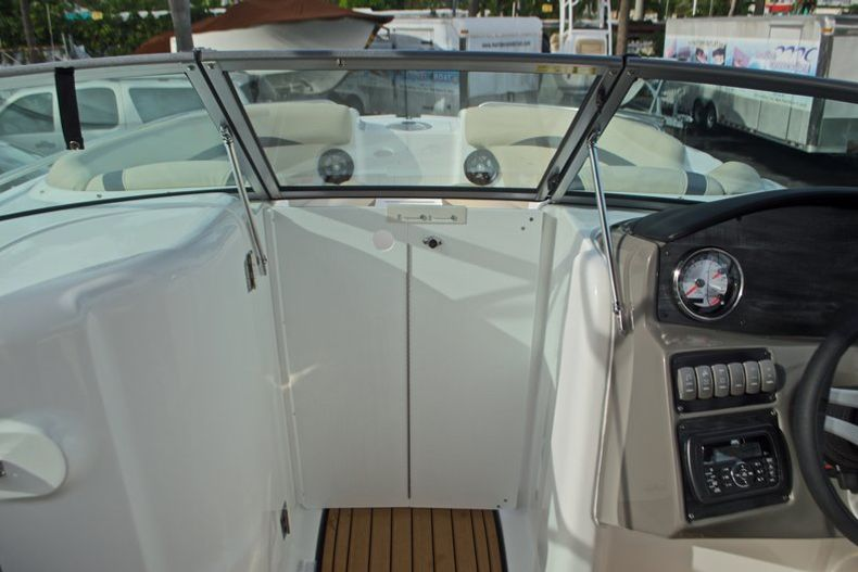 Thumbnail 43 for New 2017 Hurricane SunDeck SD 2200 DC OB boat for sale in West Palm Beach, FL