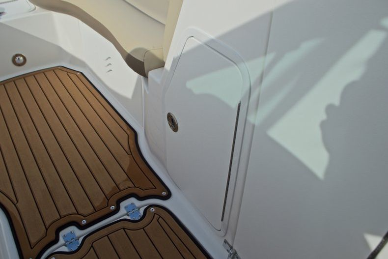 Thumbnail 46 for New 2017 Hurricane SunDeck SD 2200 DC OB boat for sale in West Palm Beach, FL