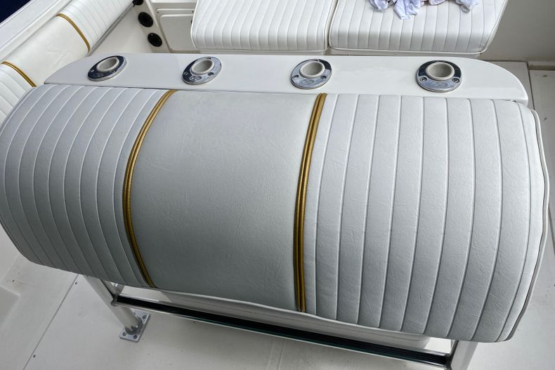 Thumbnail 17 for Used 2001 Stamas 250 Tarpon boat for sale in Miami, FL
