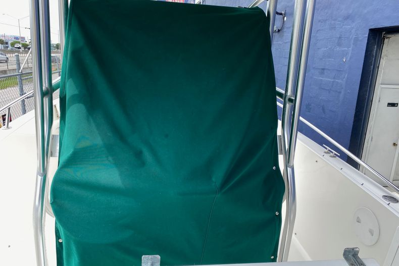 Thumbnail 11 for Used 2001 Stamas 250 Tarpon boat for sale in Miami, FL