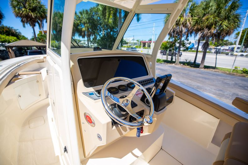 Thumbnail 39 for Used 2013 Scout 275 XSF boat for sale in West Palm Beach, FL