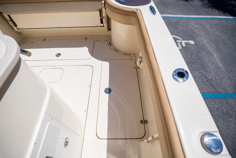 Thumbnail 28 for Used 2013 Scout 275 XSF boat for sale in West Palm Beach, FL