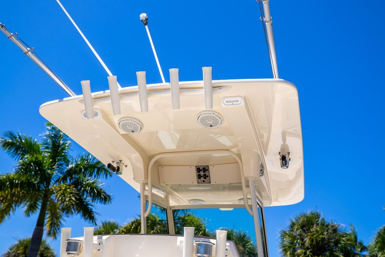 Thumbnail 12 for Used 2013 Scout 275 XSF boat for sale in West Palm Beach, FL