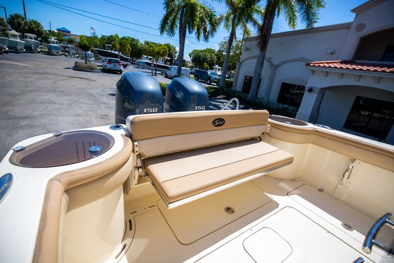 Thumbnail 16 for Used 2013 Scout 275 XSF boat for sale in West Palm Beach, FL
