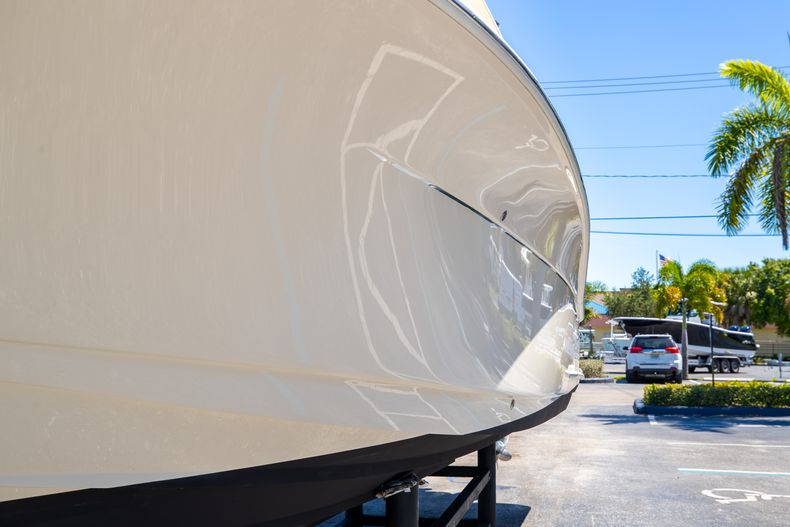 Thumbnail 5 for Used 2013 Scout 275 XSF boat for sale in West Palm Beach, FL