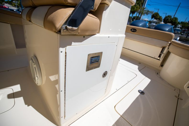 Thumbnail 30 for Used 2013 Scout 275 XSF boat for sale in West Palm Beach, FL
