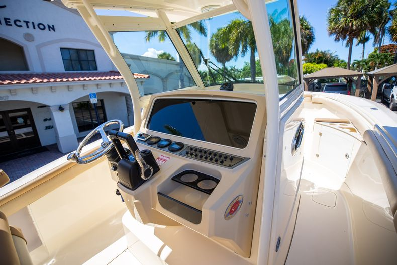 Thumbnail 32 for Used 2013 Scout 275 XSF boat for sale in West Palm Beach, FL