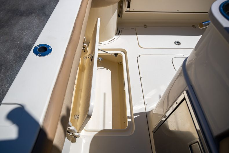 Thumbnail 26 for Used 2013 Scout 275 XSF boat for sale in West Palm Beach, FL