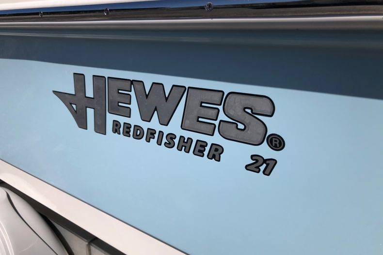 Thumbnail 8 for New 2021 Hewes Redfisher 21 boat for sale in Vero Beach, FL