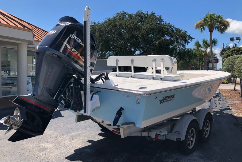 Thumbnail 5 for New 2021 Hewes Redfisher 21 boat for sale in Vero Beach, FL