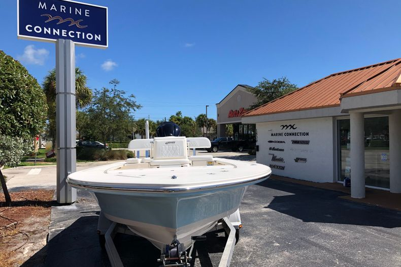 Thumbnail 2 for New 2021 Hewes Redfisher 21 boat for sale in Vero Beach, FL