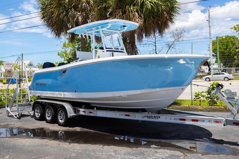 Thumbnail 1 for New 2022 Blackfin 252CC boat for sale in Vero Beach, FL