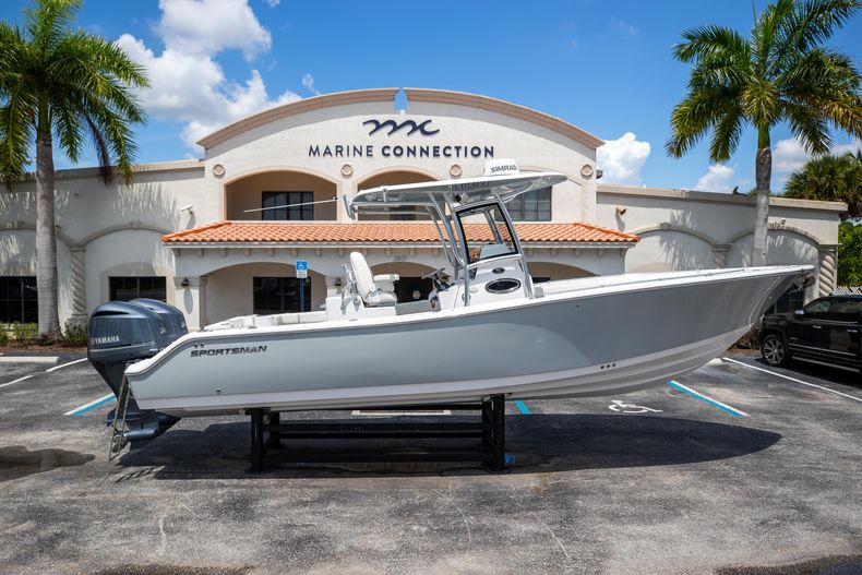 Used 2018 Sportsman 282 Center Console boat for sale in West Palm Beach, FL